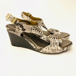 Clarks Python open Toe Wedge Sandal size 8.5